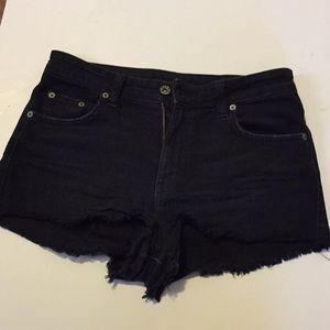 CarMar black distressed shorts size 26